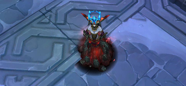Lissandra Freljord event with crown above the head